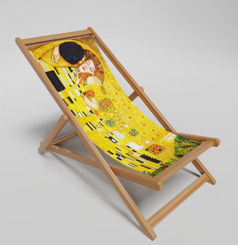 The Kiss deckchair